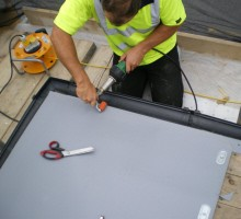 Laying Single Ply Roofing